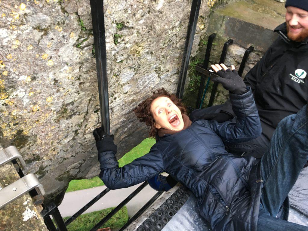 Mo Kissin' the Blarney Stone